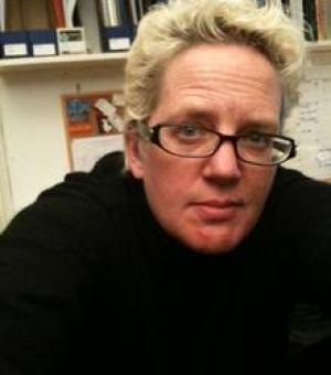 Dr Sloan Mahone